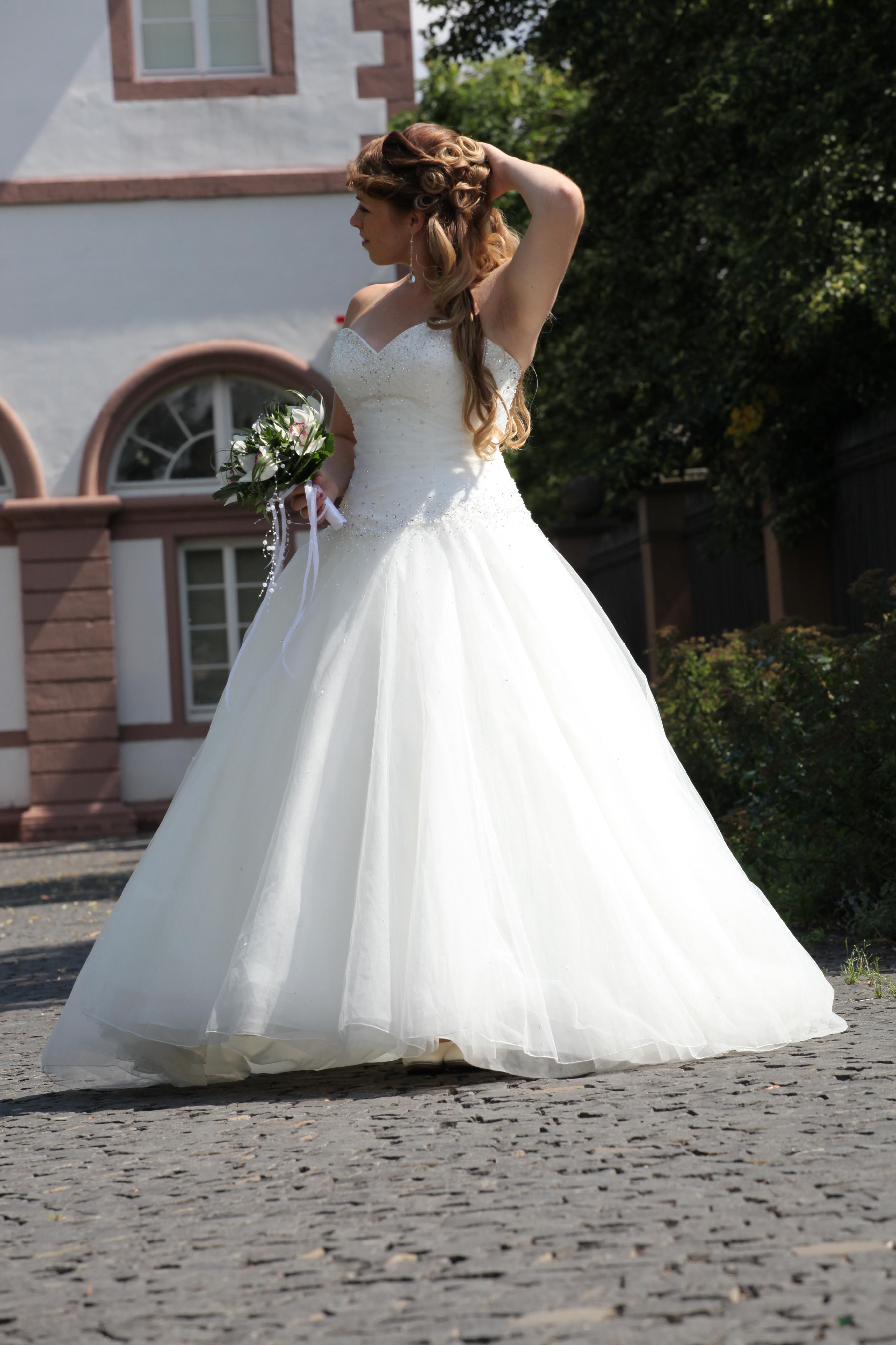 Sincerity Bridal mod. Style Nr. 3621 | Brautkleid Verkaufen