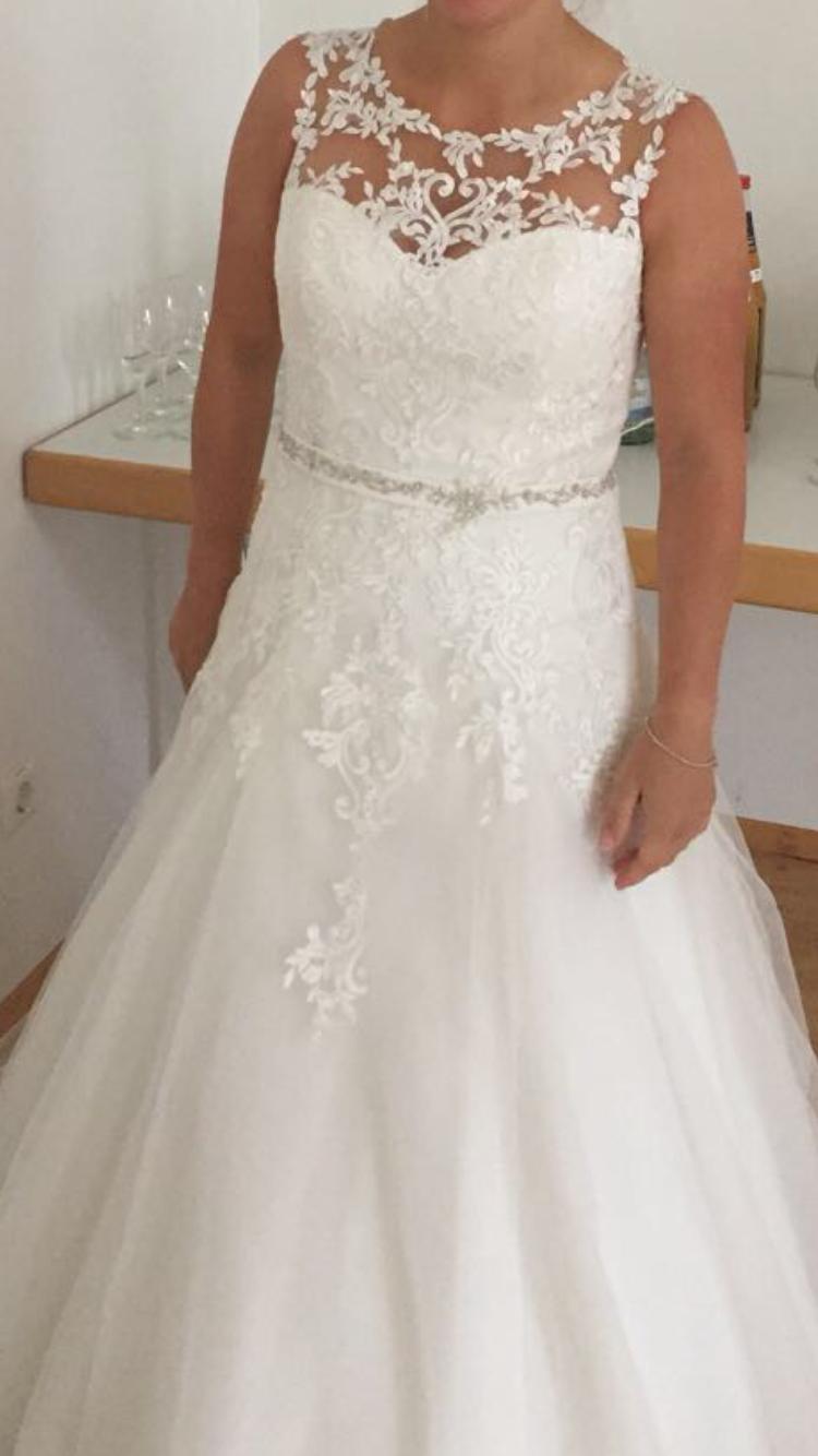 Traumhafte A-Linie | Brautkleid Verkaufen