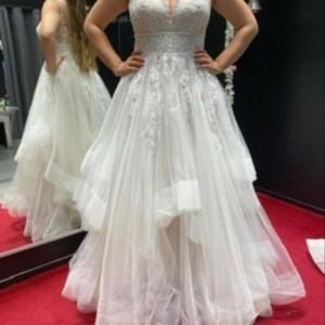 Vorne Kleid